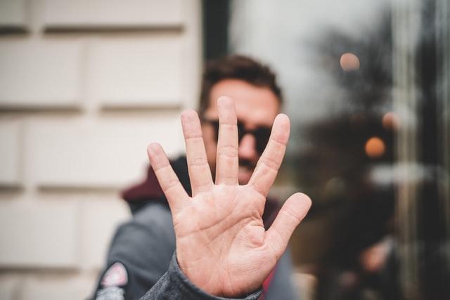 オンライン英会話の『無料体験のはしご』はおすすめしない3つの理由