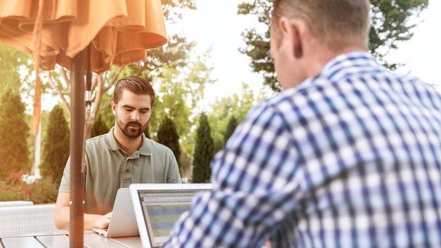 非ネイティブ講師(ビジネス英語)のオンライン英会話を比較